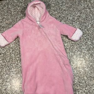 FAO Schwarz infant winter suit size 0-6 Months GUC